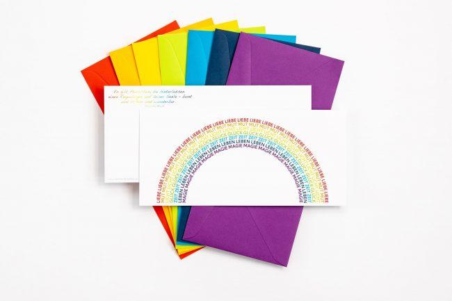 """Grußkarte """"REGENBOGEN"""" mit farbigem Briefumschlag und Rückseite"""